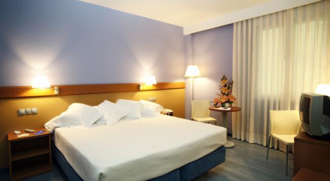 ホテル ムリエタ - ログローニョ - 寝室