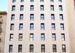 ホテル ムリエタ - ログローニョ - 建物