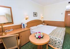 ホテル エルジェベート シティ センター - ブダペスト - 寝室