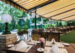ダヌビウス グランド ホテル マルギットシゲット - ブダペスト - レストラン