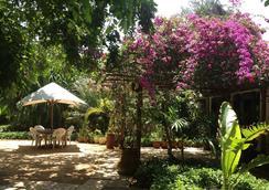Mediterraneo Hotel & Restaurant - Dar Es Salaam - 屋外の景色