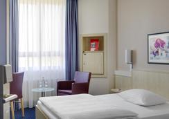 インターシティホテル アウグスブルク - アウグスブルク - 寝室