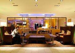 H+ ホテル チューリッヒ - チューリッヒ - ロビー
