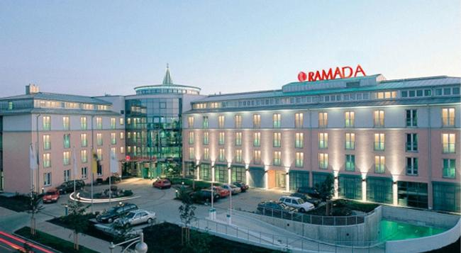 ラマダ ホテル マクデブルク - マクデブルク - 建物