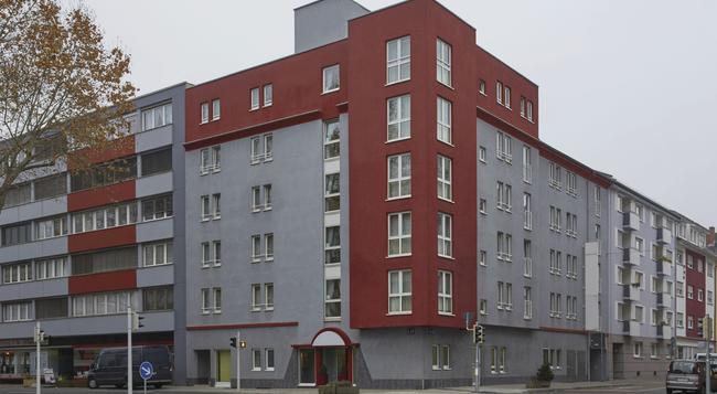 H+ ホテル マンハイム - マンハイム - 建物