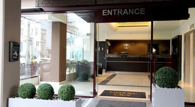 ホテル リリー - ロンドン - 建物