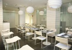 ゼニット コンデ デ オルガズ - マドリード - レストラン