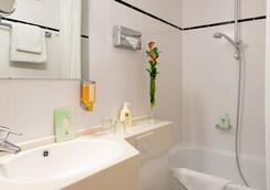 フェイバード ホテル スカラ - フランクフルト - 浴室