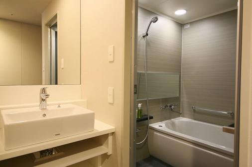 ホテルグレイスリー新宿 - 東京 - 浴室