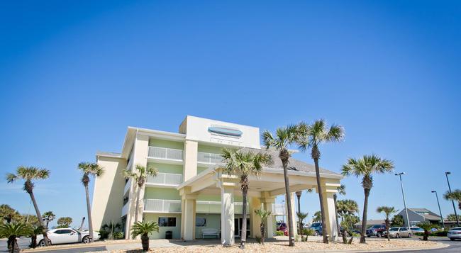 Travelodge Pensacola Beach - Pensacola Beach - 建物
