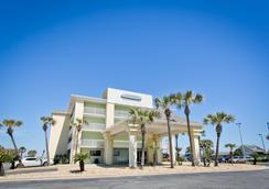 Travelodge Pensacola Beach - Pensacola Beach - 寝室