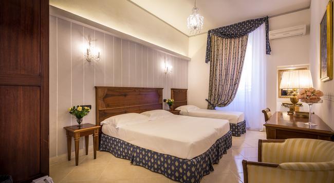 ホテル ヴェネト - フィレンツェ - 寝室