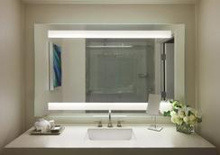 オーシャン ビュー ホテル - サンタモニカ - 浴室