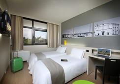 B&B ホテル ウーディネ - ウーディネ - 寝室