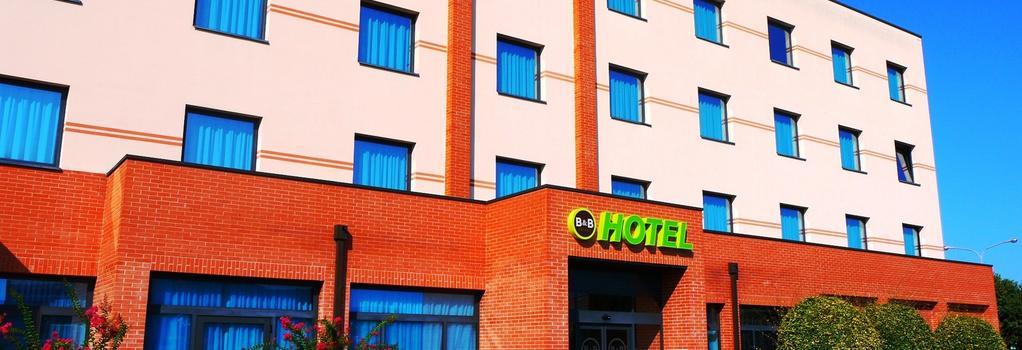 B&B ホテル フェラーラ - フェラーラ - 建物