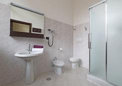 B&B ホテル ローマ トラステヴェーレ - ローマ - 寝室
