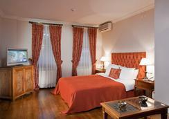 ホテル サリ コナック - イスタンブール - 寝室