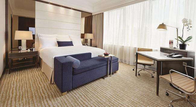 シンガポール マリオット タン プラザ ホテル - シンガポール - 寝室