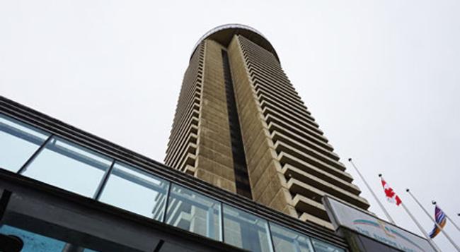 ジ エンパイア ランドマーク ホテル - バンクーバー - 建物
