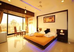 La Hotel Metro - ムンバイ - 寝室