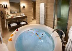 ホテル カヴォール - ミラノ - 浴室