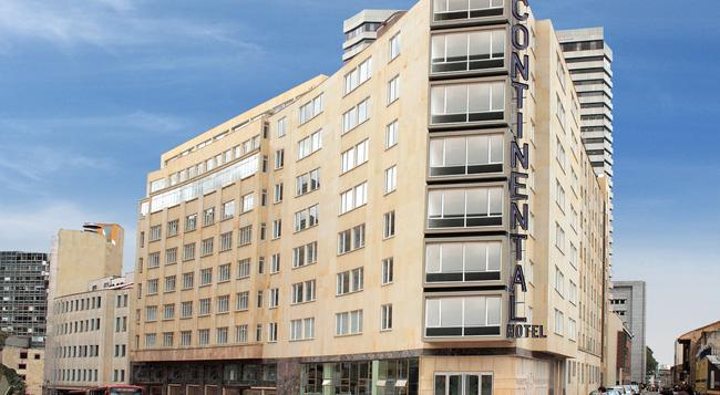 Hotel Continental Bluedoors - ボゴタ - 建物