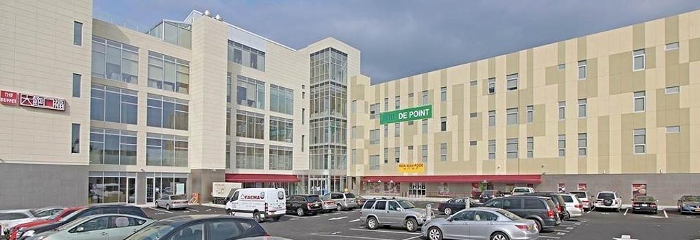 ホテル デ ポイント - クイーンズ - 建物