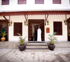 マルー マルー ホテル