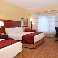Courtyard by Marriott Dallas Medical Market Center Guest room