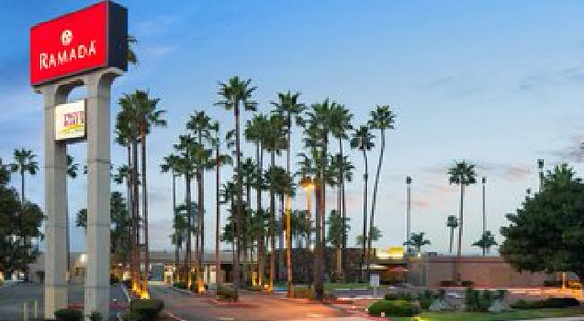 ラマダ サンディエゴ ノース ホテル & カンファレンス センター - サンディエゴ - 建物