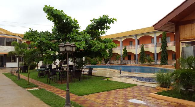 Mika Hotel Luanda - ルアンダ - 建物