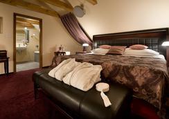 EA エンバシー プラーグ ホテル - プラハ - 寝室