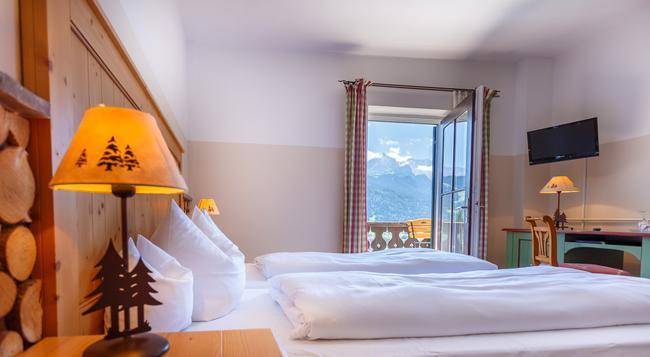 Landhotel & Berggasthof Panorama - Garmisch-Partenkirchen - 寝室