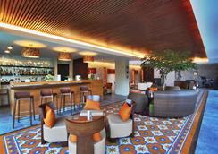 Soll Marina Hotel & Conference Center Bangka - Pangkalpinang - バー