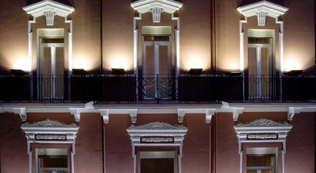 ホテル アドリア - バーリ - 建物