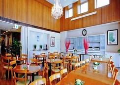 ベニキア カルトンホテル 福岡天神(旧サットンホテル 福岡天神) - 福岡市 - レストラン