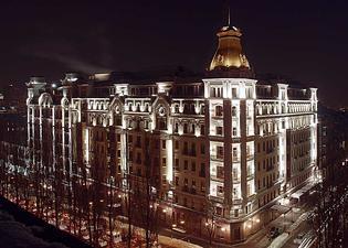 プレミア パレス ホテル