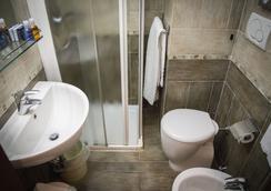 ホテル アックルシオ - ミラノ - 浴室