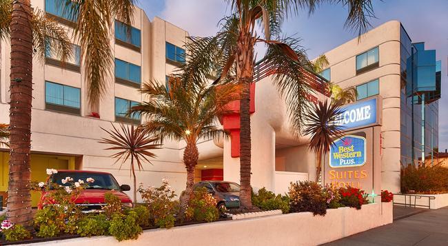 ベスト ウエスタン プラス スイーツ ホテル - LAX - イングルウッド - 建物