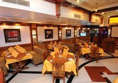 Radhika Beach Resort - Diu - レストラン