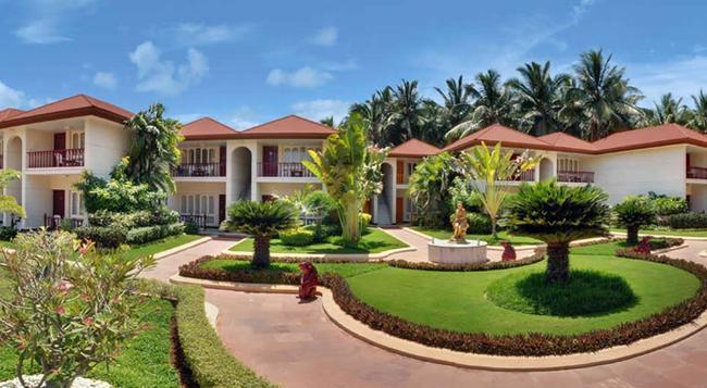 Radhika Beach Resort - Diu - 建物