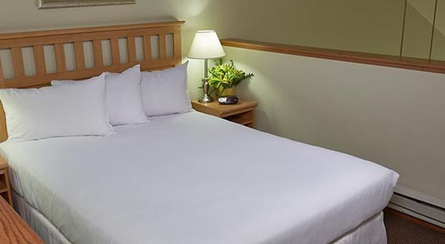 ティンバー リッジ ロッジ アンド ウォーターパーク - レイク・ ジェニーバ - 寝室