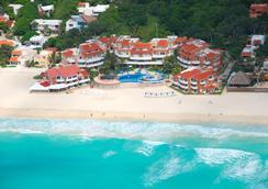 Sunset Fishermen Beach Resort Playa del Carmen - プラヤ・デル・カルメン - ビーチ