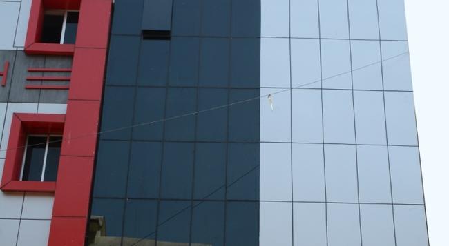 Hotel Nirmal Inn - Bhubaneshwar - 建物