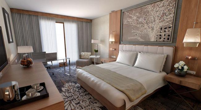 ダブルツリー バイ ヒルトン クラクフ ホテル&コンベンションセンター - クラクフ - 寝室