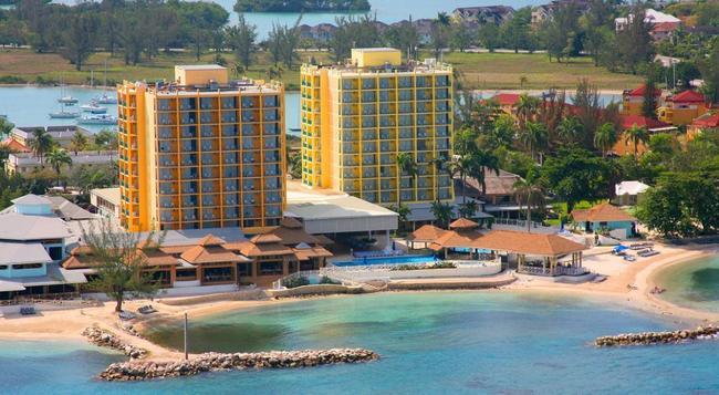 Sunscape Splash Montego Bay - モンテゴ・ベイ - 建物