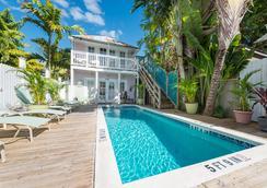 Key West Hospitality Inns - キー・ウェスト - プール