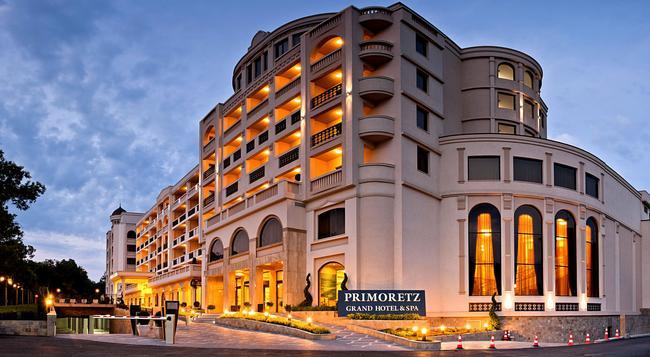 Primoretz Grand Hotel & Spa - Burgas - 建物