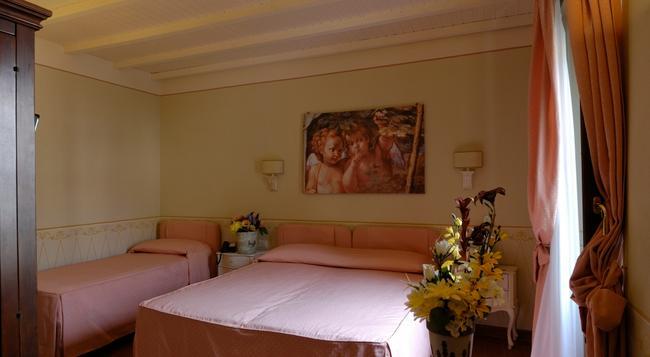 Locanda San Barnaba - Scarperia - 寝室