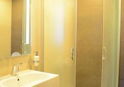 Kolkhi Palace - トビリシ - 浴室